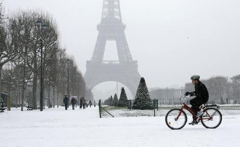 EiffelTower_wideweb__470x289,0